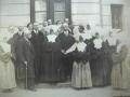 Zdjęcie przedstawiające grupę personelu szpitala